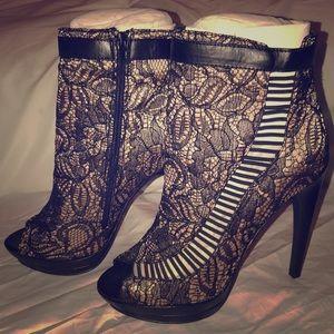 Brand new never worn least booties - shoe dazzle